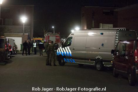 17-04-2013_explosieven_linnenweverstraat_12